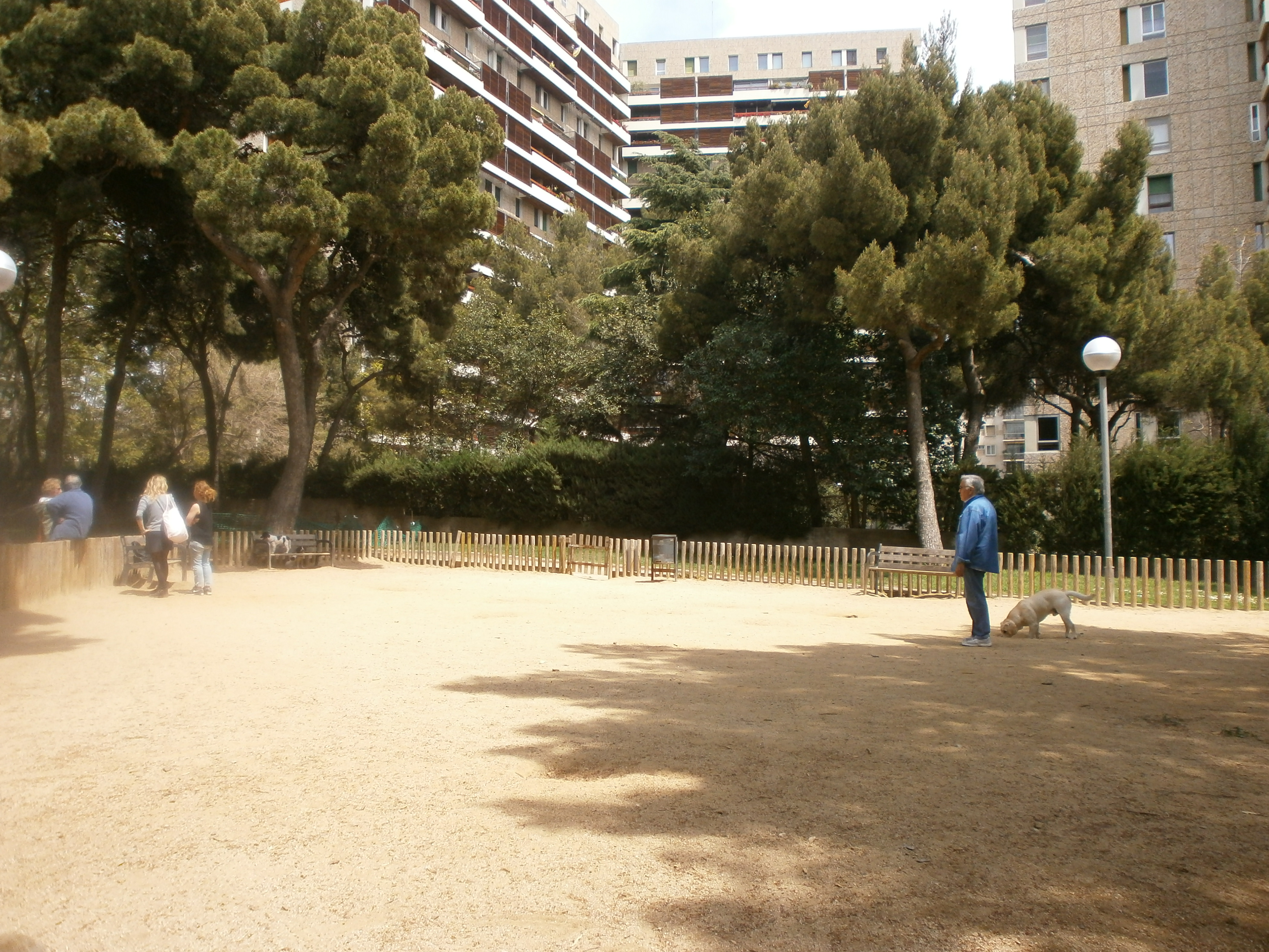 pipican-barcelona-sarria-sant-gervasi-Jardins-Doctor-Samuel-C-Hahnermann
